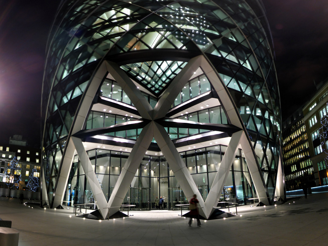 "2. 30 St. Mary Axe (""The Gherkin""), London (UK) – Foster+parters – Film Match Point (2005)"